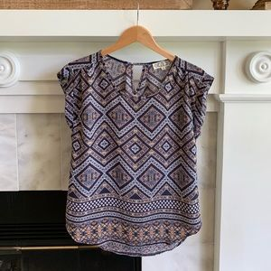Short Sleeve Women's Patterned Shirt Size Small